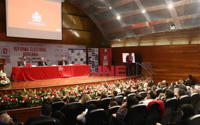 El Pacto Ético Electoral (PEE) que promueve el Jurado Nacional de Elecciones (JNE) será suscrito el 28 de enero próximo (Foto: JNE).