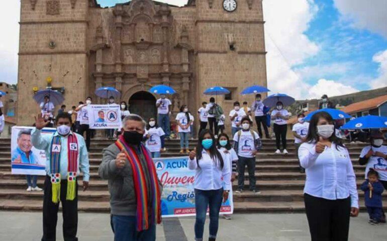 César Acuña y los candidatos de APP por Puno, entre ellos Yeny Quispe (Foto: Alianza para el Progreso).