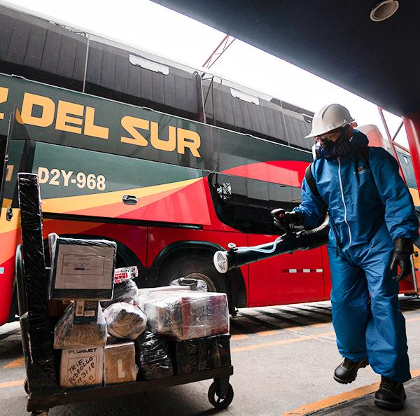 Bus sometidos a controles en tiempo de pandemia (Foto: Cruz fedl Sur)