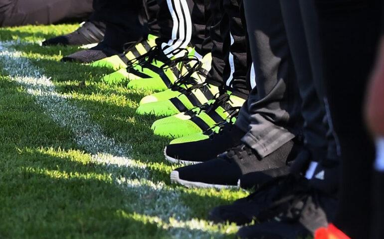 Jugadores podrán inscribirse en un máximo de tres clubes y jugar partidos oficiales en tres clubes en la misma temporada (Foto: FIFA).