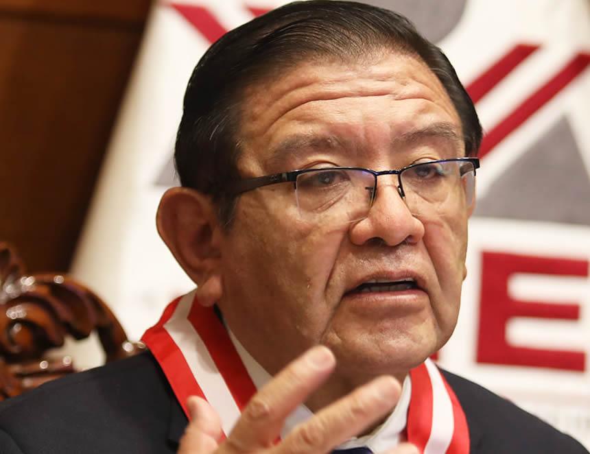 El presidente del JNE, Jorge Salas Are nas, rechazó hoy cualquier insinuación de fraude (Foto: JNE).