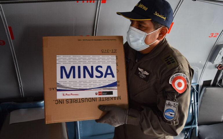 Llegan las primeras vacunas contra la covid al Perú (Foto: Minsa)