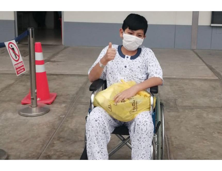 Niño operado en el hospital de Emergencias Villa El Salvador (Heves) (Foto: Minsa).