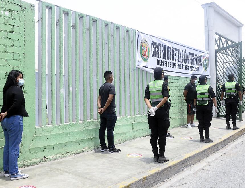 Por la emergencia sanitaria quedó restringido el ejercicio de los derechos constitucionales relativos a la libertad y la seguridad personales (Foto: Mininter).