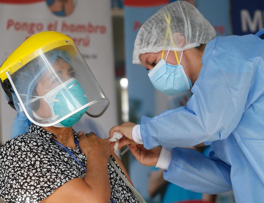 El Minsa afirmó hoy que existe una alta probabilidad que la pandemia del coronavirus se prolongue todo este año (Foto: Minsa).