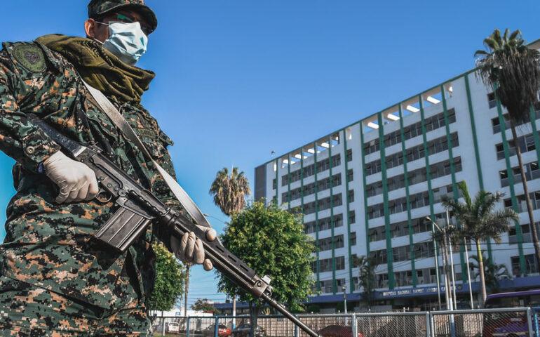Calles del Callao, vigiladas por miembros de la Marina de Guerra del Perú (Foto: MGP).