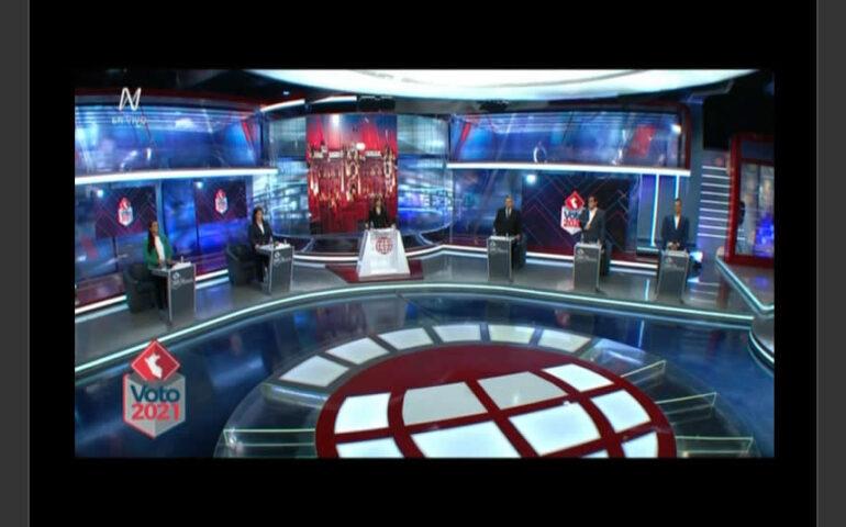 Debate entre cinco candidatos presidenciales (Captura América TV).