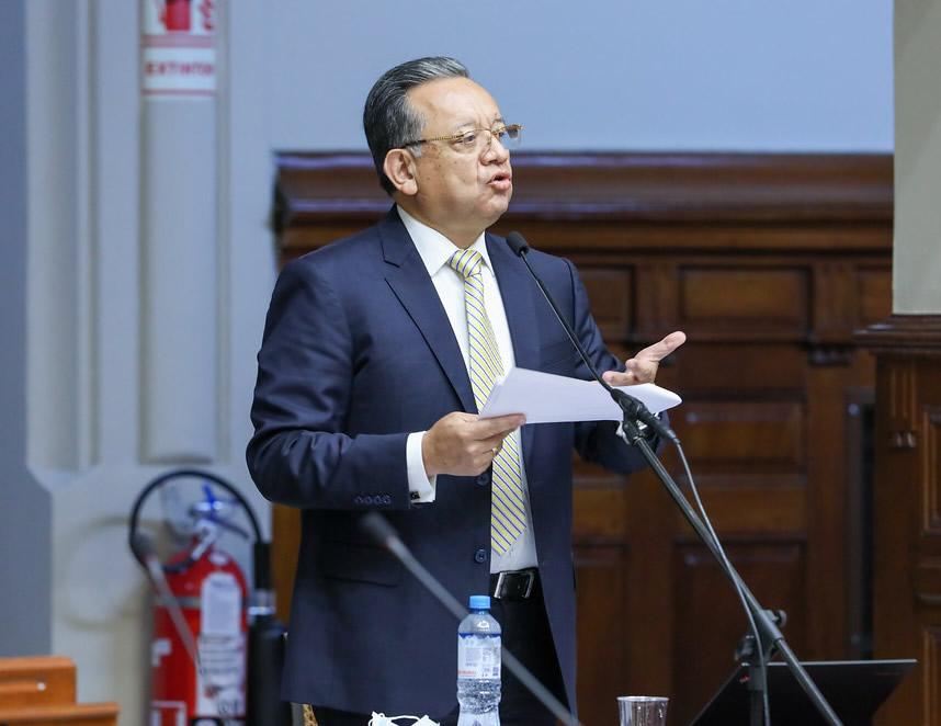 Edgar Alarcón ejerce su defensa (Foto: Congreso de la República).