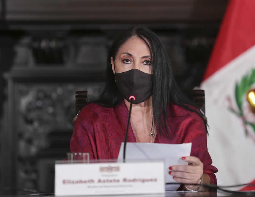 Elizabeth Astete, excanciller de la República (Foto: archivo PCM).
