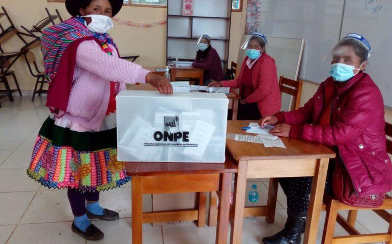 Acto de sufragio en las Elecciones 2021 (Foto: ONPE).