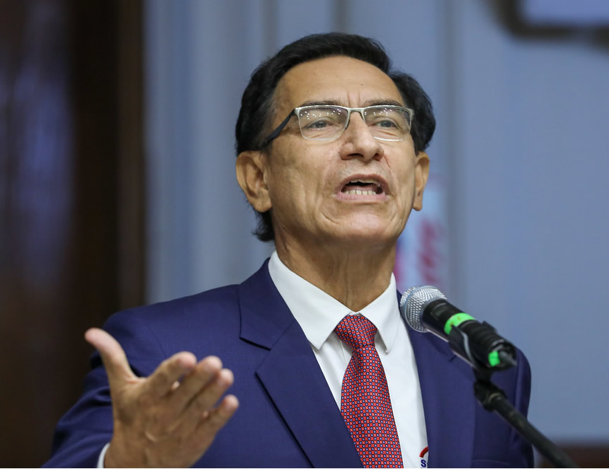 Martín Vizcarra hizo uso hoy de su derecho a la defensa en la Comisión Permanente (Foto: Congreso de la República).