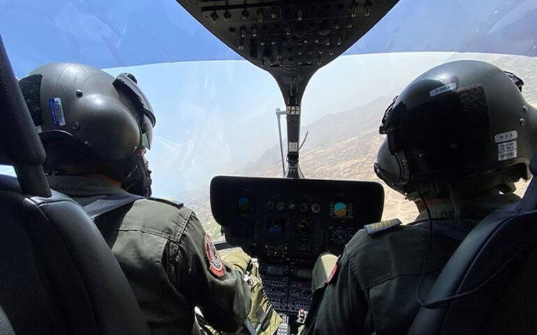 Cabina de pilotos en un helicóptero de la PNP (Foto: Mininter).