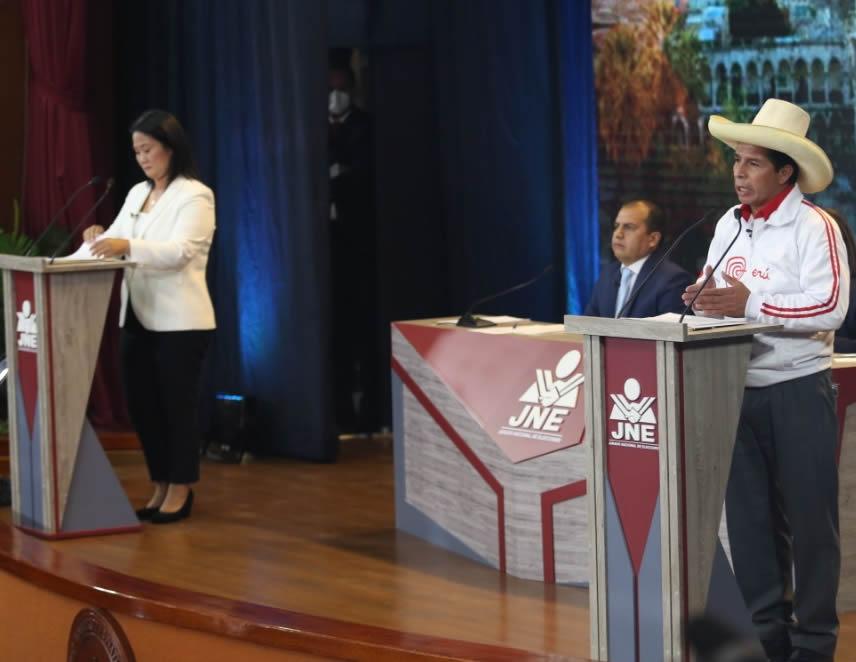 Pedro Castillo y Keiko Fujimori en debate (Foto: JNE)