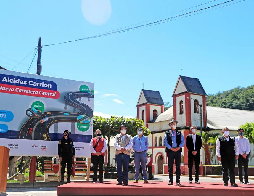 Sagasti en Oxapampa (Foto: Presidenciua Perú).