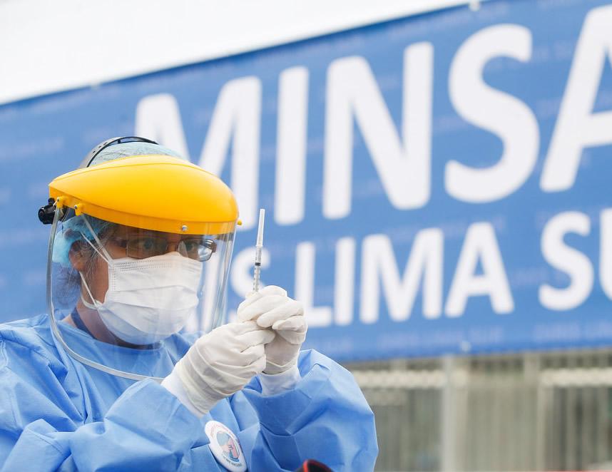 Vacunación en marcha (Foto: Minsa).