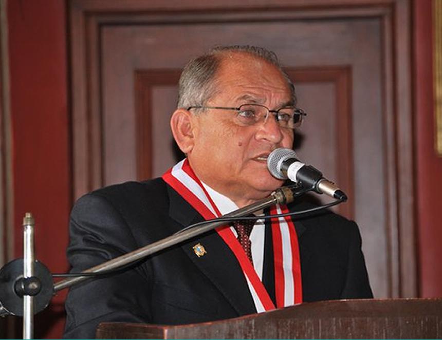 Victor Peña, candidato al rectorado de la UNMSM.