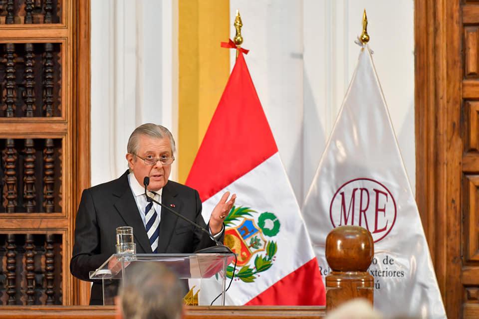 Canciller Oscar Maúrtua (Foto: Ministerio de RREE).