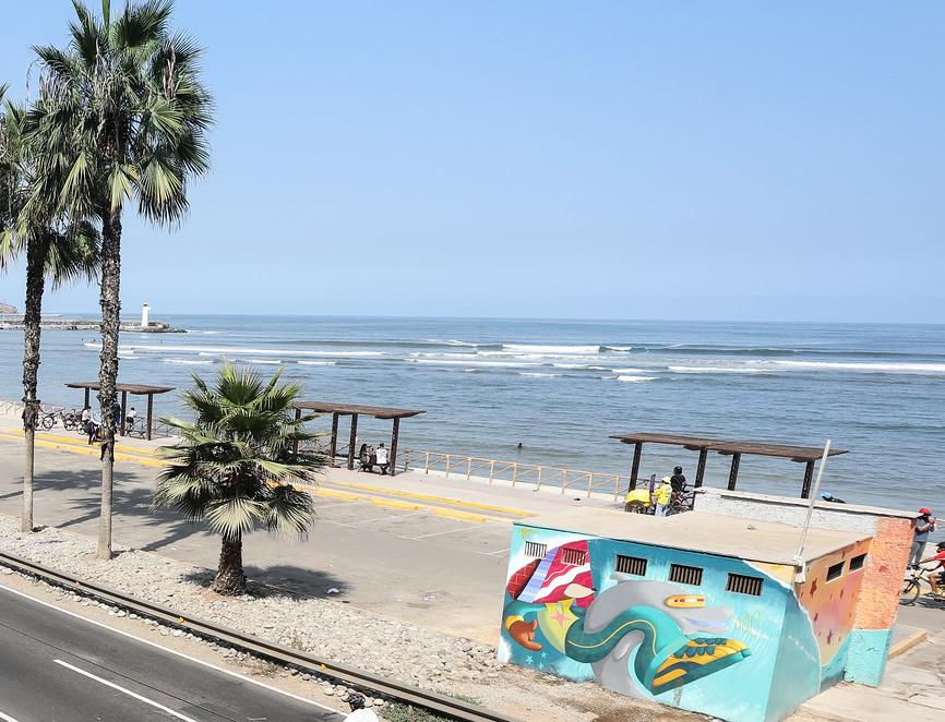 A la fecha permanecen cerrados 107 puertos de todo el litoral peruano debido a la ocurrencia de oleajes (Foto: Municipalidad de Lima).