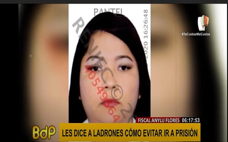 Exfiscal Anylú Flores Fuentes (Captura video).