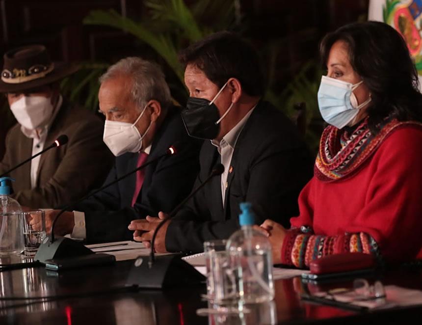 Conferencia de prensa del miembros del Gabinete Ministerial (Foto: PCM).