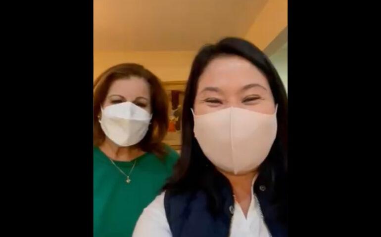 Keiko Fujimori y Lourdes Flores (Captura video).