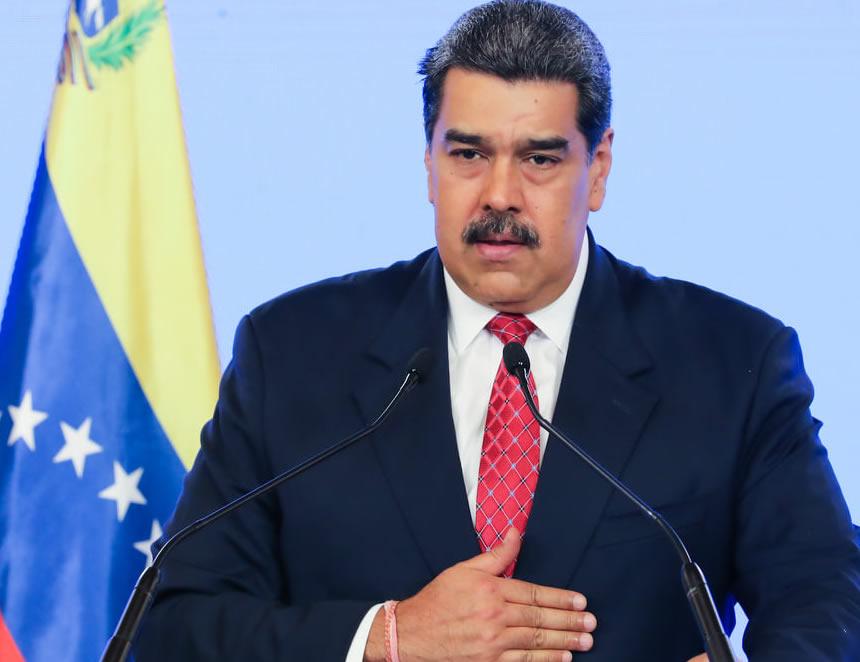 Nicolás Maduro asegura que Venezuela no puede comprar los artículos que necesita ni vender los que produce debido a sanciones (Foto: Despacho presidencial).