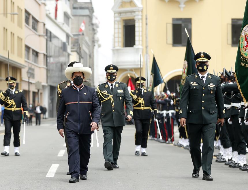 Presidente Castillo en el homenaje a la PNP (Foto: Presidencia de la República).