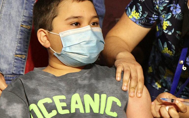 Vacunación a niños y adolescentes (Foto: Ministerio de Salud de Chile).